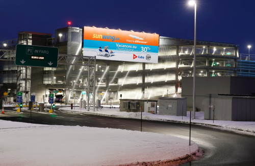 Astral Out-Of-Home Product - Aéroport international Jean-Lesage de Québec