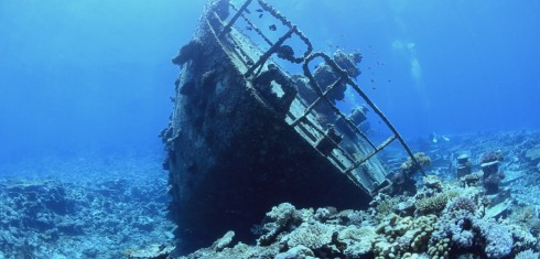 DG_BT_Ship Wreck Underwater copy