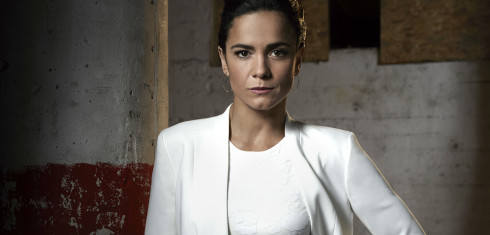 Say YAAS to Alice Braga as QUEEN OF THE SOUTH, Teresa Mendoza
