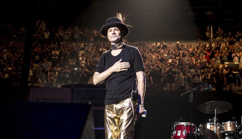 In Tribute to Gord Downie, CTV Advances World TV Premiere of LONG TIME RUNNING to Now Air This Friday, October 20 at 8 p.m.