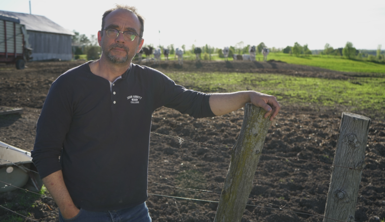 LA DÉTRESSE AU BOUT DU RANG : un nouveau documentaire-choc de Stéphane Gendron sur la santé mentale des agriculteurs québécois!