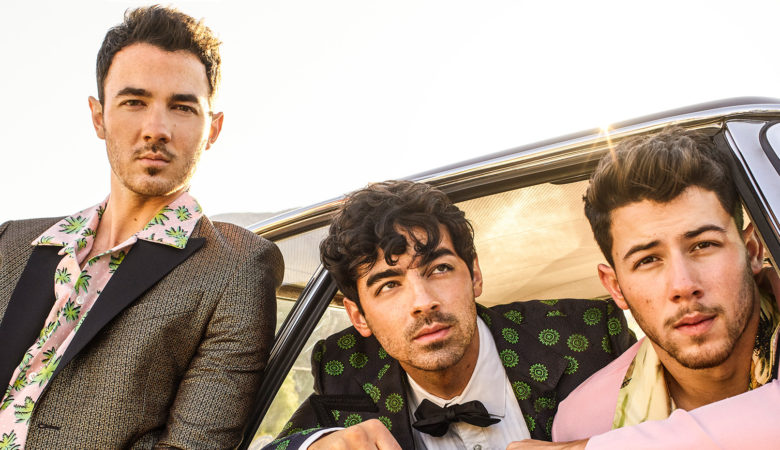Happiness Begins with iHeartRadio: Exclusive Jonas Brothers Sound Check Party Contest Currently Underway